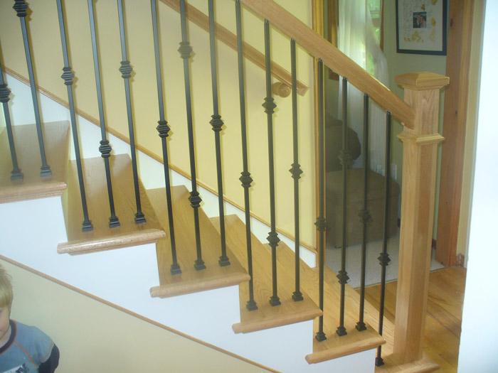 Characteristics U003d U0027Natural Finish Staircase Picturesu0027: Oak Craftsmen Newel  Post U0026 Knuckle Metal Balusters   Photo #1