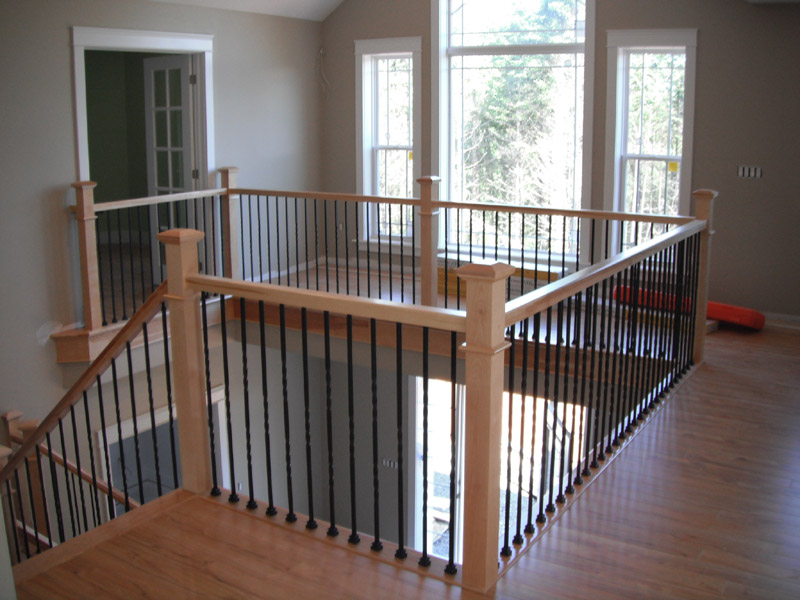 Square Craftsman Newel Post & Twist Metal Balusters - Picture #7