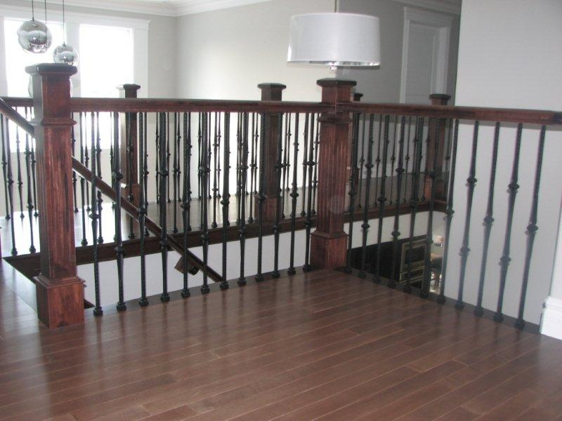 Oversized Fluted Box Newels & Hammered Spoon Metal Balusters - Picture #5