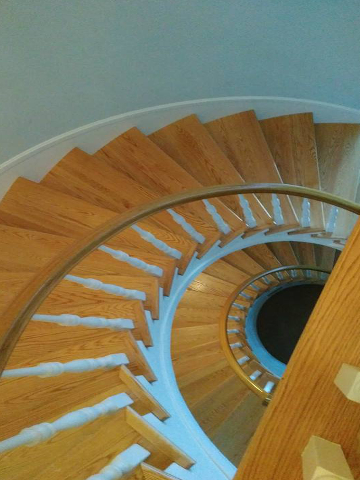 11220Curved Staircase completed by Scotia Stairs Limited