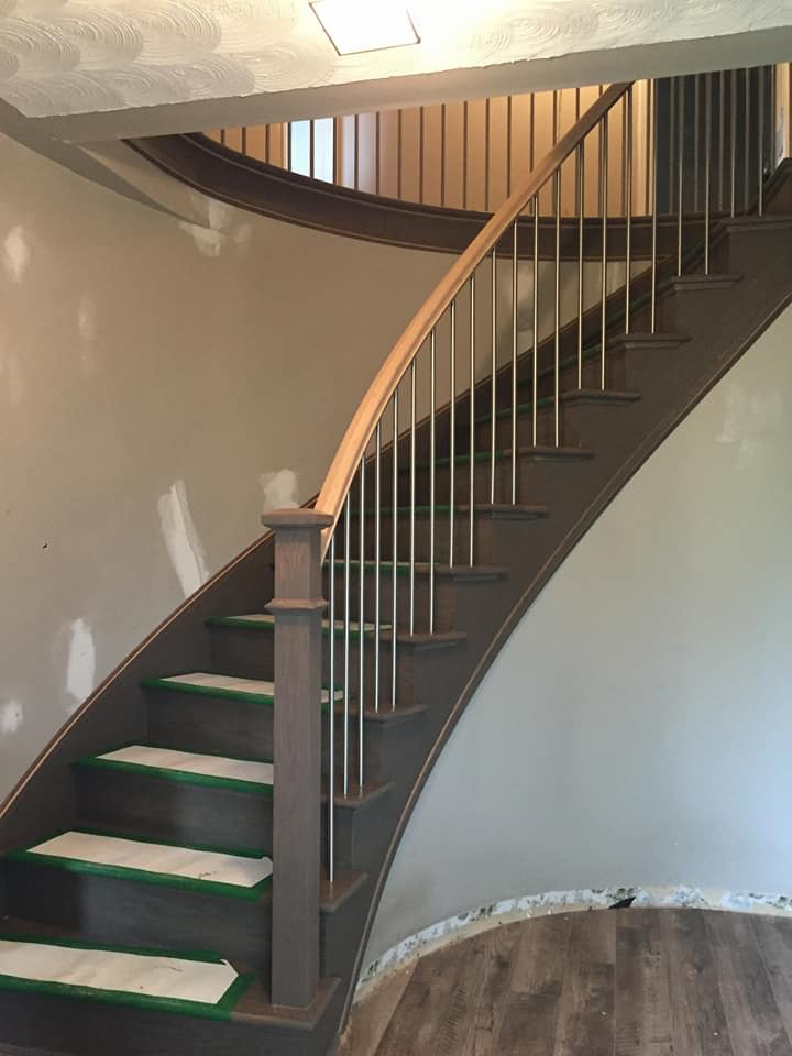 Curved staircases add appeal scotia stairs ltd for Arched staircase